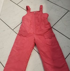 Osh kosh B'gosh hot pink snowsuit. Size 5t.